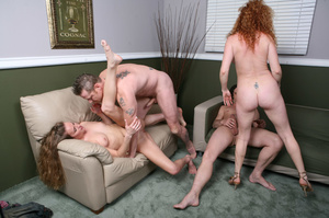 Randy swinger wives spread their legs wi - XXX Dessert - Picture 13