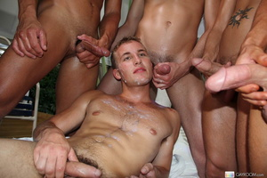 Gay orgy as cute sexy hornyt men down wi - XXX Dessert - Picture 16