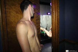 Cute guy gets drawn by nude hot friend j - XXX Dessert - Picture 2