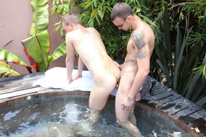 Cock sprays cum after hot session of coc - XXX Dessert - Picture 11