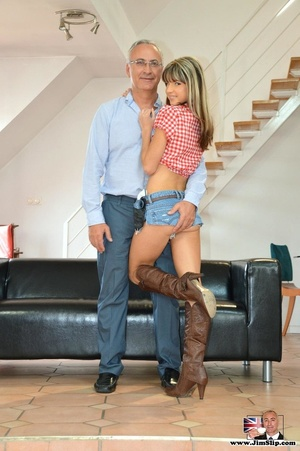 Young sexy slut in high boots takes big  - XXX Dessert - Picture 7