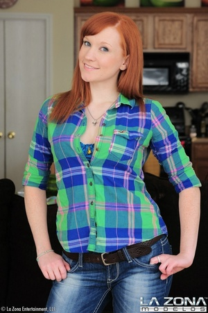 Sexy red hair model promises a good time - XXX Dessert - Picture 4