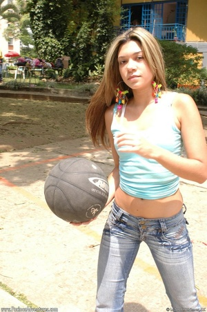Cute basketball loving chick drops ball  - XXX Dessert - Picture 7