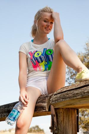 Naughty blonde ponytailed teen loves jog - XXX Dessert - Picture 5