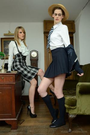 Concerned blonde headmistress makes geek - XXX Dessert - Picture 2