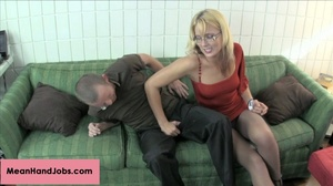 A mean blonde bitch enjoy giving a knee  - XXX Dessert - Picture 5