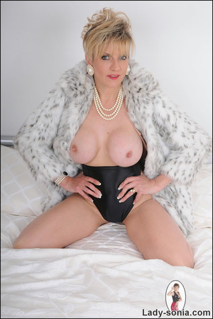 Lovely blonde slut in fur and sexy linge - XXX Dessert - Picture 11