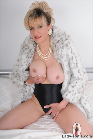 Lovely blonde slut in fur and sexy linge - XXX Dessert - Picture 15