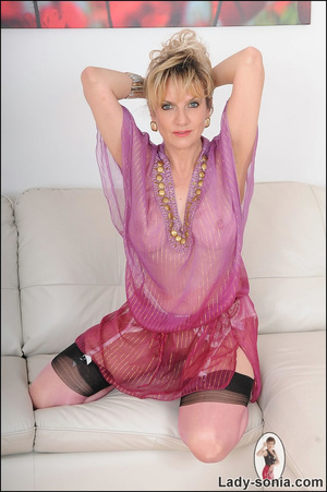 Hot blonde mama tempts to the extreme wi - XXX Dessert - Picture 7
