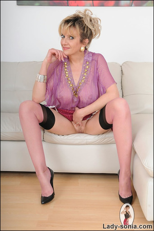 Hot blonde mama tempts to the extreme wi - XXX Dessert - Picture 14