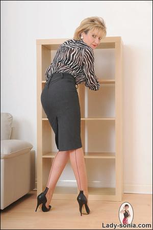 Lovely slutty lady boss reveals her horn - XXX Dessert - Picture 3
