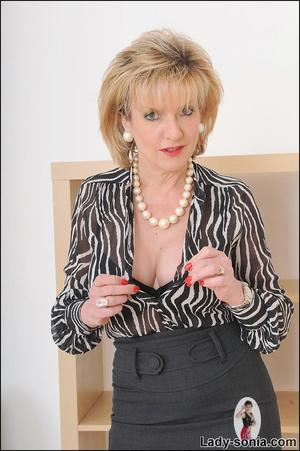 Lovely slutty lady boss reveals her horn - XXX Dessert - Picture 4