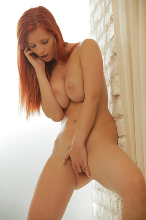 Experienced red model with natural tits  - XXX Dessert - Picture 7