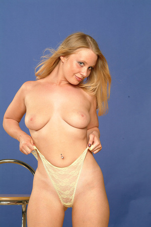 Big-titted blonde babe is ready to take  - XXX Dessert - Picture 7