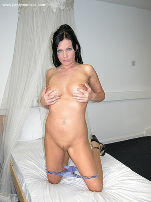 Only for you this busty ponytailed brune - XXX Dessert - Picture 11