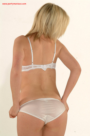 Bodacious blonde babe in sexy white lace - XXX Dessert - Picture 10