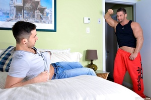 beafy guys anal drilling