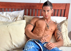 This lean strapping hunk is up to your k - XXX Dessert - Picture 6