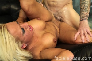 Lusty amateur blonde whore gets a tremen - XXX Dessert - Picture 10