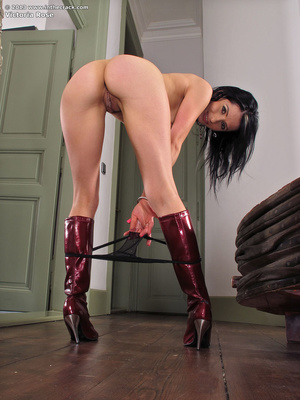 Hot brunette enjoys teasing you with her - XXX Dessert - Picture 6