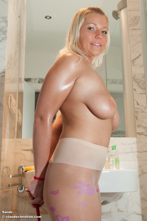Busty blonde chick in pantyhose topless - XXX Dessert - Picture 3