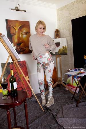 Cute young blonde artist reveals her hai - XXX Dessert - Picture 2