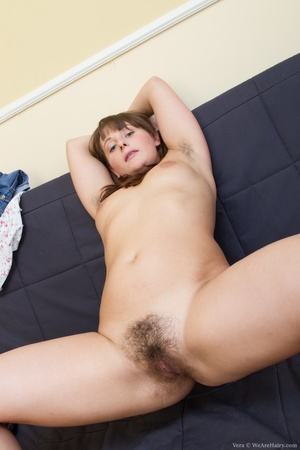 Young fun lover with brown hair and smal - XXX Dessert - Picture 12