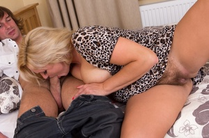Pretty busty blonde gets a visitor and e - XXX Dessert - Picture 8