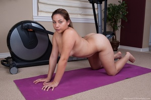 Cute chick finds time while working out  - XXX Dessert - Picture 8