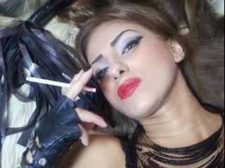 brunette rogueqeen perform smoking