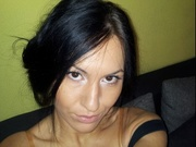 brunette anngelgirl willing perform
