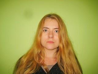 blonde safiyah