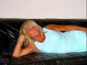 blonde nina willing perform