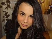 brunette quintila