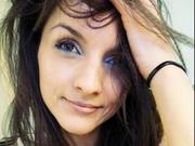 brunette laura