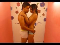 18 yo, couple live sex, tattoo, zoom