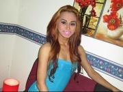 brunette leila