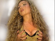 blonde emilia desire willing