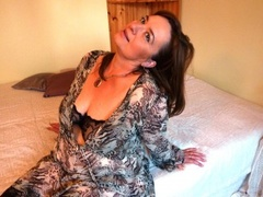 43 yo, mature live sex, white, zoom