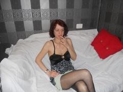 41 yo, mature live sex, shoulder length hair, white