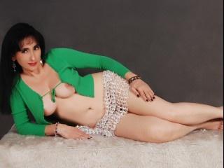 brunette juana