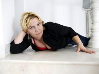blonde kristine perform anal