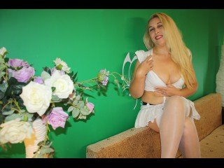 blonde missivy perform close