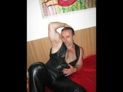 36 yo, gay live sex, striptease, vibrator