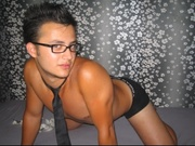 brunette sexxyboy willing perform