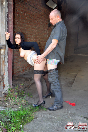 Horny old hotshot shagging a much younge - XXX Dessert - Picture 6