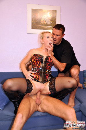 Chick fucking two senior guys at the sam - XXX Dessert - Picture 9