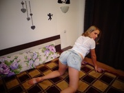 blonde sexydolllili willing perform