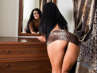 brunette nikky perform anal