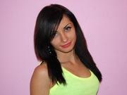 brunette karolina willing perform